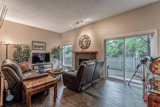 Photo 5: 549 POINT MCKAY Grove NW in Calgary: Point McKay Row/Townhouse for sale : MLS®# A1026968