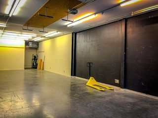 Photo 2: 1145 22091 Fraserwood Way: Industrial for lease