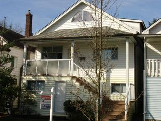 Photo 2: 3937 Prince Edward St.: House for sale (Main)