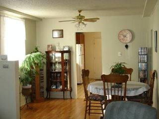 Photo 3: 3937 Prince Edward St.: House for sale (Main)