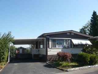 "Photo 2: 113 8234 134TH Street in Surrey: Queen Mary Park Surrey Manufactured Home for sale in ""Westwood Gate"" : MLS®# F1228294"
