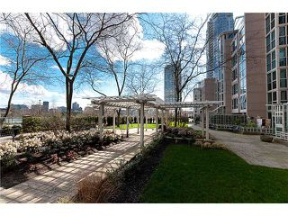 "Photo 18: 801 1318 HOMER Street in Vancouver: Yaletown Condo for sale in ""GOVERNOR'S VILLA"" (Vancouver West)  : MLS®# V1015687"