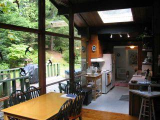 Photo 7: 5715 NAYLOR Road in Sechelt: Sechelt District House for sale (Sunshine Coast)  : MLS®# V1025624