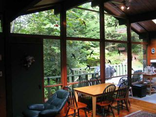 Photo 4: 5715 NAYLOR Road in Sechelt: Sechelt District House for sale (Sunshine Coast)  : MLS®# V1025624