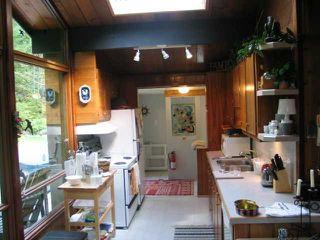 Photo 8: 5715 NAYLOR Road in Sechelt: Sechelt District House for sale (Sunshine Coast)  : MLS®# V1025624