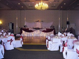 Photo 2: ~ BANQUET HALL & RESTAURANT ~ in : Mission BC Home for sale (Mission)  : MLS®# V4039563