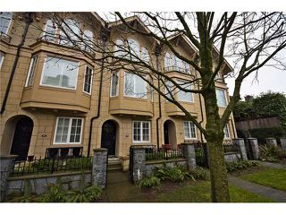 Photo 1: 928 W 13TH AV in Vancouver: Fairview VW Townhouse for sale (Vancouver West)  : MLS®# V1051000