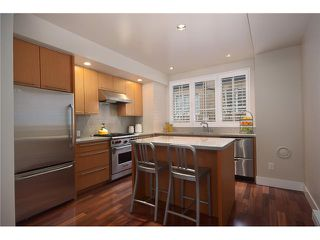 Photo 2: 928 W 13TH AV in Vancouver: Fairview VW Townhouse for sale (Vancouver West)  : MLS®# V1051000