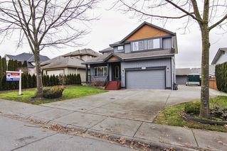Photo 1: 4572 Benz Crescent in Upper Murrayville: Murrayville Home for sale ()  : MLS®# F1400585