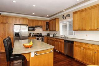 Photo 5: 4572 Benz Crescent in Upper Murrayville: Murrayville Home for sale ()  : MLS®# F1400585