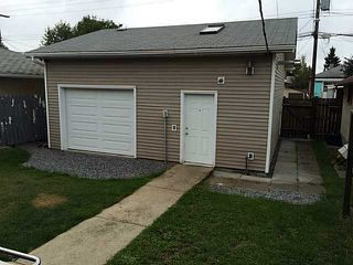 Photo 3: 7207 80 AV in Edmonton: Zone 17 House for sale : MLS®# E3388030
