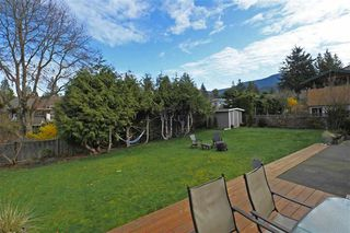 Photo 5: 2355 ARGYLE CRESCENT in Squamish: Garibaldi Highlands House for sale : MLS®# R2057611