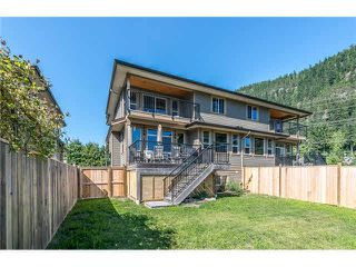 Photo 18: 1682 DEPOT ROAD in Squamish: Brackendale House 1/2 Duplex for sale : MLS®# R2074216