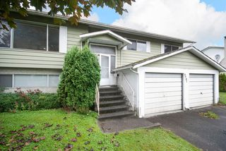 Photo 1: 6481 Trent St in Chilliwack: Sardis West Vedder Rd House for sale : MLS®# R2114322