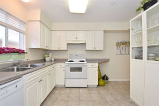 Photo 8: 528 E 44TH AVENUE in Vancouver: Fraser VE 1/2 Duplex for sale (Vancouver East)  : MLS®# R2267554