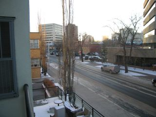 Photo 6: #321 10147 112 ST NW: Edmonton Condo for sale : MLS®# E4045922