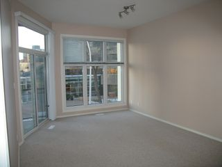 Photo 3: #321 10147 112 ST NW: Edmonton Condo for sale : MLS®# E4045922