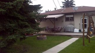 Photo 2: 11447 46 AV NW: Edmonton House for sale : MLS®# E4005739