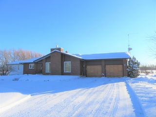 Photo 2: 32132 Zora Road: RM Springfield Single Family Detached for sale (R04)  : MLS®# 1900378