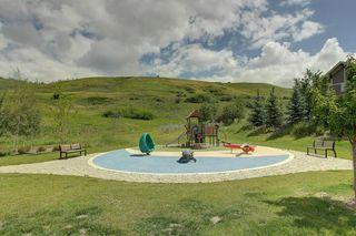 Photo 3: 31 CRANBROOK CR SE in Calgary: Cranston House for sale : MLS®# C4211246