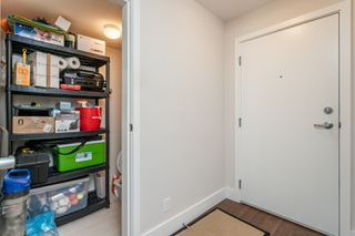 Photo 3: 118 2233 McKenzie in Abbotsford: Central Abbotsford Condo for sale : MLS®# R2387781