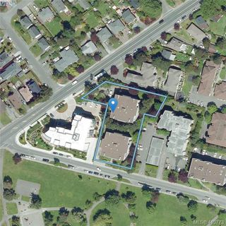 Photo 26: 205 949 Cloverdale Ave in VICTORIA: SE Quadra Condo Apartment for sale (Saanich East)  : MLS®# 820581