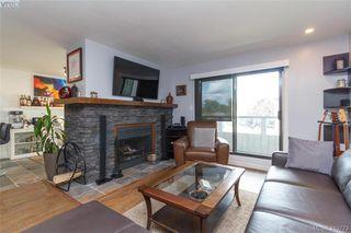 Photo 3: 205 949 Cloverdale Ave in VICTORIA: SE Quadra Condo Apartment for sale (Saanich East)  : MLS®# 820581