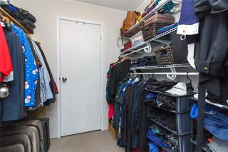 Photo 17: 205 949 Cloverdale Ave in VICTORIA: SE Quadra Condo Apartment for sale (Saanich East)  : MLS®# 820581