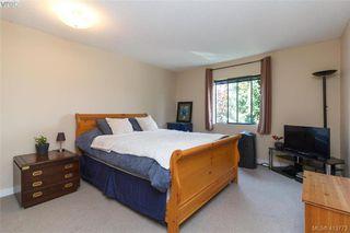 Photo 19: 205 949 Cloverdale Ave in VICTORIA: SE Quadra Condo Apartment for sale (Saanich East)  : MLS®# 820581