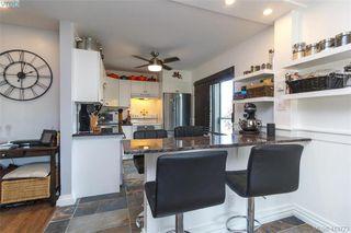Photo 12: 205 949 Cloverdale Ave in VICTORIA: SE Quadra Condo Apartment for sale (Saanich East)  : MLS®# 820581