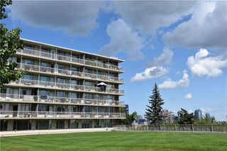 Photo 2: 505 3204 RIDEAU Place SW in Calgary: Rideau Park Apartment for sale : MLS®# C4263774