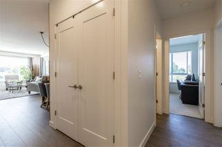 "Photo 3: 403 33530 MAYFAIR Avenue in Abbotsford: Central Abbotsford Condo for sale in ""Residences at Gateway"" : MLS®# R2400073"