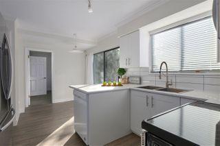 Photo 7: 3660 MCRAE Crescent in Port Coquitlam: Woodland Acres PQ House for sale : MLS®# R2411561