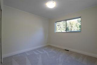Photo 16: 3660 MCRAE Crescent in Port Coquitlam: Woodland Acres PQ House for sale : MLS®# R2411561