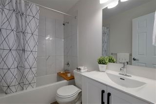 Photo 13: 3660 MCRAE Crescent in Port Coquitlam: Woodland Acres PQ House for sale : MLS®# R2411561