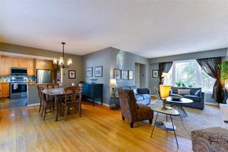 Photo 2: 19 Rutgers Bay in Winnipeg: Fort Richmond Residential for sale (1K)  : MLS®# 1930787