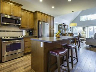 Photo 3: 47 700 Lancaster Way in COMOX: CV Comox (Town of) Row/Townhouse for sale (Comox Valley)  : MLS®# 839807