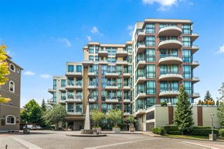 "Photo 1: 422 10 RENAISSANCE Square in New Westminster: Quay Condo for sale in ""Murano Lofts"" : MLS®# R2482094"