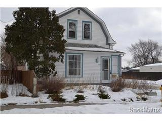 Photo 1: 848 I Avenue South in Saskatoon: King George Single Family Dwelling for sale (Saskatoon Area 04)  : MLS®# 422973