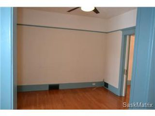 Photo 5: 848 I Avenue South in Saskatoon: King George Single Family Dwelling for sale (Saskatoon Area 04)  : MLS®# 422973