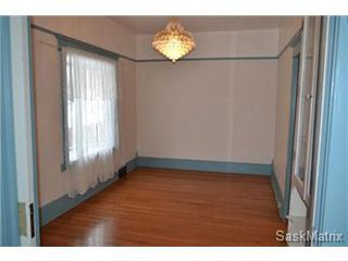 Photo 3: 848 I Avenue South in Saskatoon: King George Single Family Dwelling for sale (Saskatoon Area 04)  : MLS®# 422973