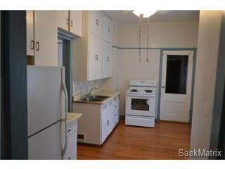 Photo 2: 848 I Avenue South in Saskatoon: King George Single Family Dwelling for sale (Saskatoon Area 04)  : MLS®# 422973