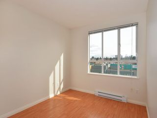 "Photo 8: 702 3455 ASCOT Place in Vancouver: Collingwood VE Condo for sale in ""QUEENS COURT"" (Vancouver East)  : MLS®# V933245"