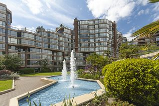 "Photo 2: 313 1490 PENNYFARTHING Drive in Vancouver: False Creek Condo for sale in ""HARBOUR COVE"" (Vancouver West)  : MLS®# V938539"