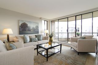 "Photo 3: 313 1490 PENNYFARTHING Drive in Vancouver: False Creek Condo for sale in ""HARBOUR COVE"" (Vancouver West)  : MLS®# V938539"