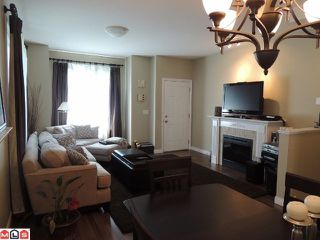 "Photo 3: 54 8655 159TH Street in Surrey: Fleetwood Tynehead Townhouse for sale in ""SPRINGFIELD COURT"" : MLS®# F1218324"