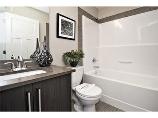 Photo 12: 7414 36 Avenue NW in CALGARY: Bowness Residential Attached for sale (Calgary)  : MLS®# C3543867