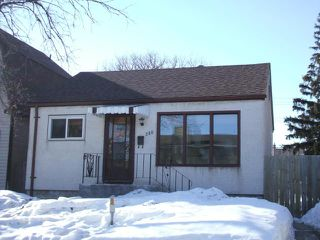 Photo 1: 380 Rue Lariviere Street in WINNIPEG: St Boniface Residential for sale (South East Winnipeg)  : MLS®# 1305742