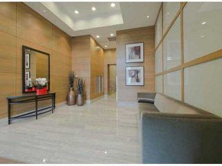"Photo 2: # 1802 15152 RUSSELL AV: White Rock Condo for sale in ""MIRAMAR"" (South Surrey White Rock)  : MLS®# F1320465"