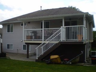 Photo 2: 8190 DOROTHEA CT in Mission: Mission BC House for sale : MLS®# F1410989